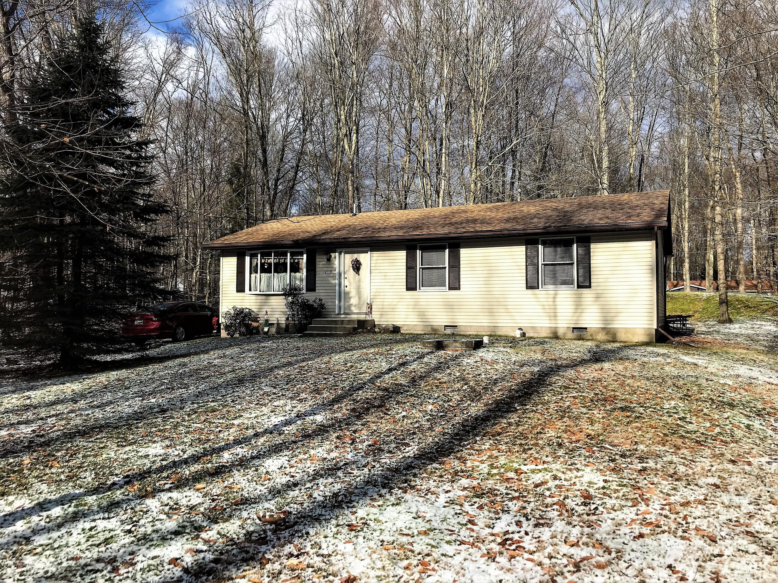 4208 Paper Birch Ln, White Haven, PA 18661