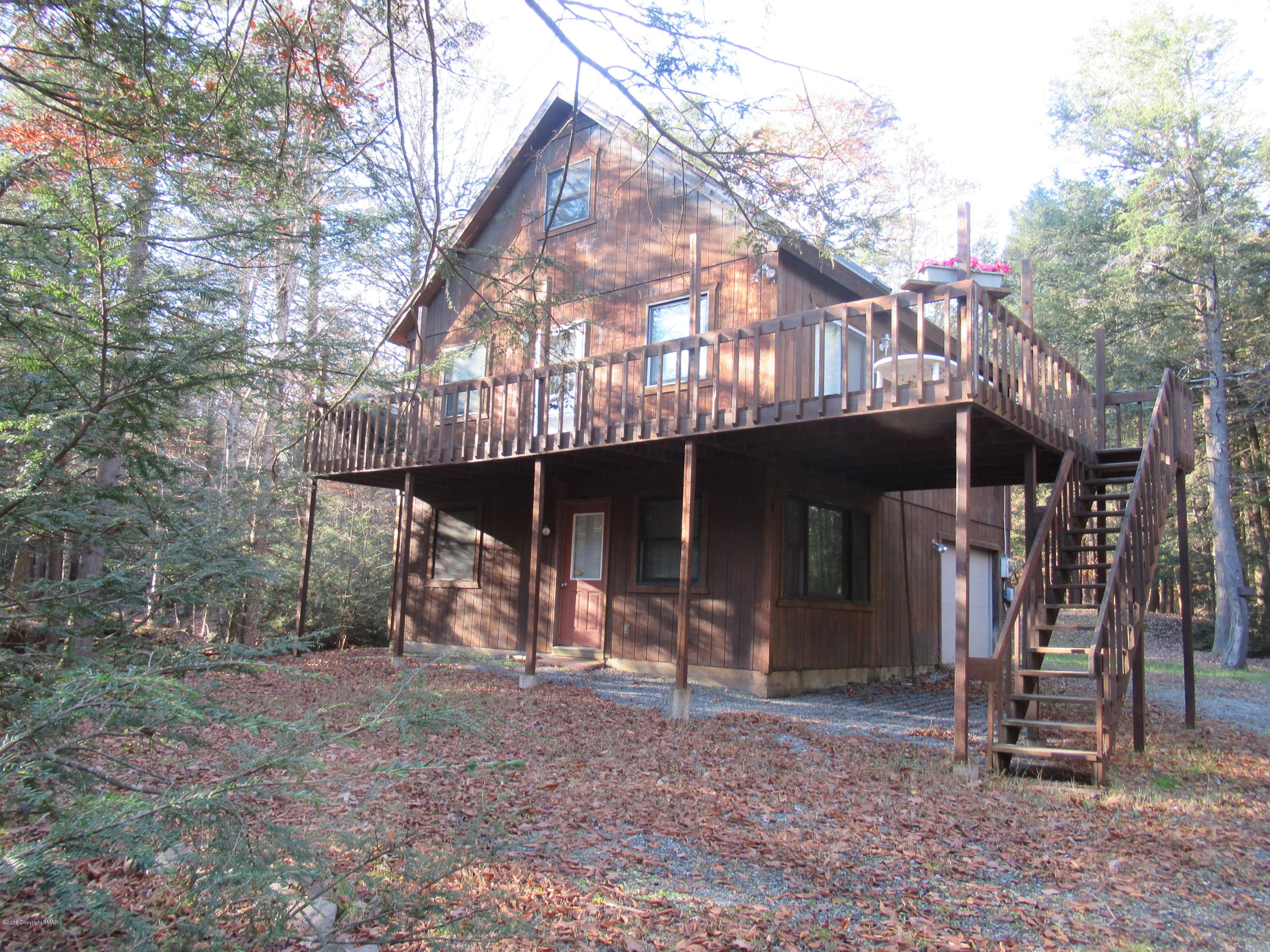 20 Woodlands Rd, Albrightsville, PA 18210