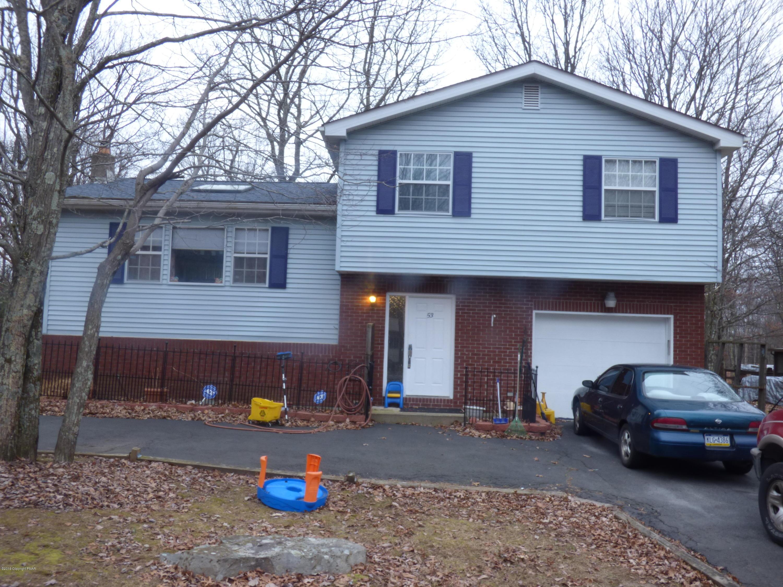 53 Whitaker Rd, Bushkill, PA 18324