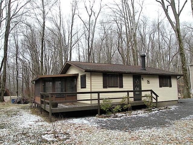 127 Ridge Road, Pocono Lake, PA 18347