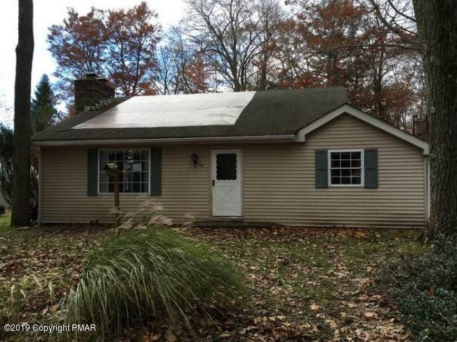 105 Johns Ln, Long Pond, PA 18334