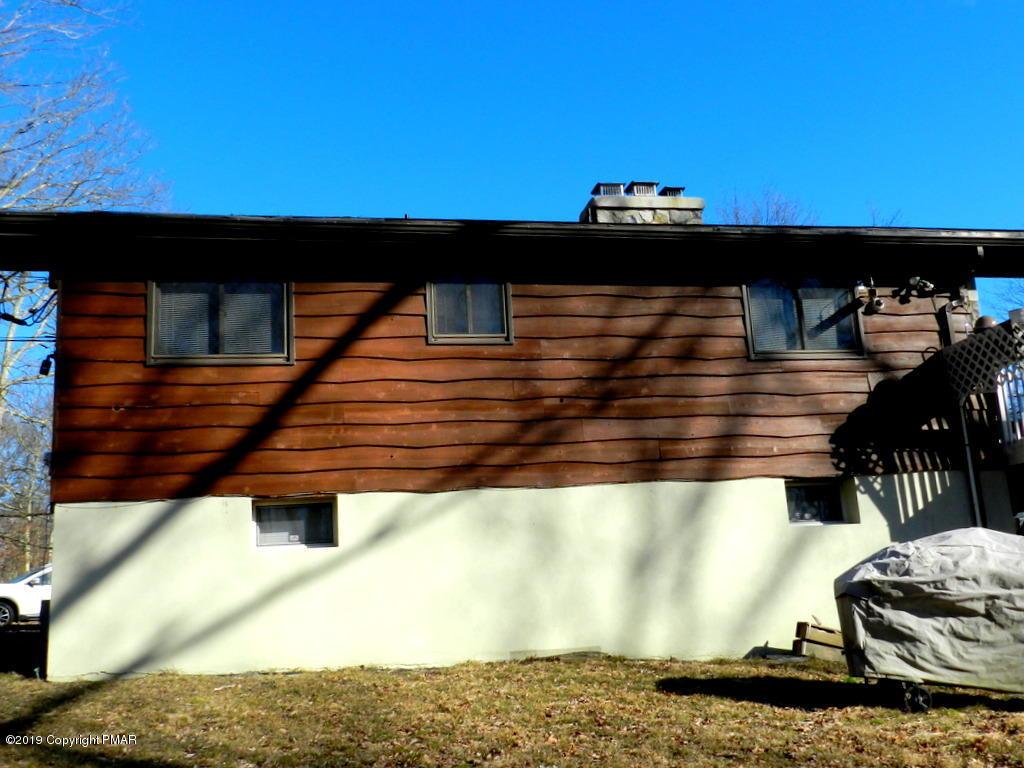 125 Pocono Blvd, Bushkill, PA 18324