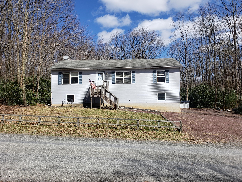 4300 Greenwood Dr, Kunkletown, PA 18058