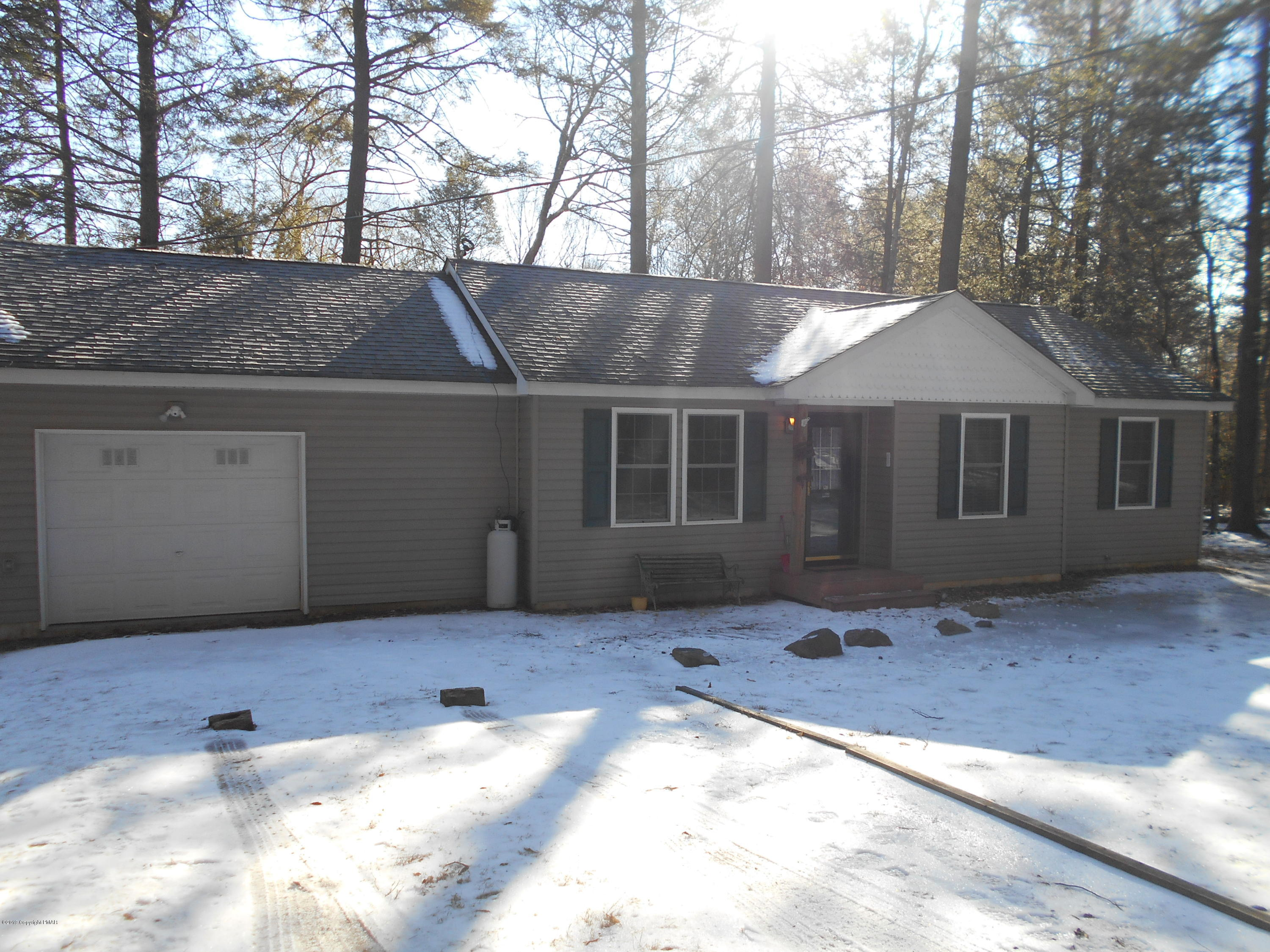 148 Timberlane Dr, Albrightsville, PA 18210