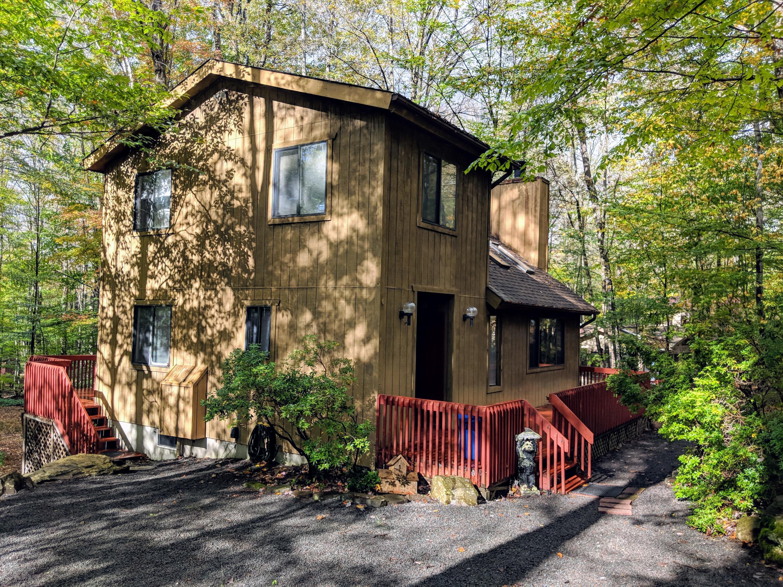 172 Fawn Rd, Pocono Lake, PA 18347