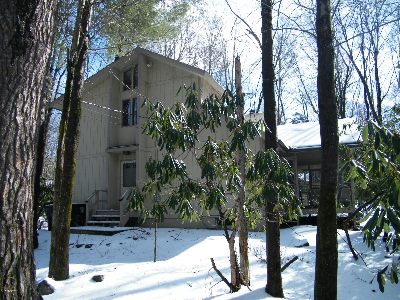 218 Tanglewood Drive, Pocono Pines, PA 18350