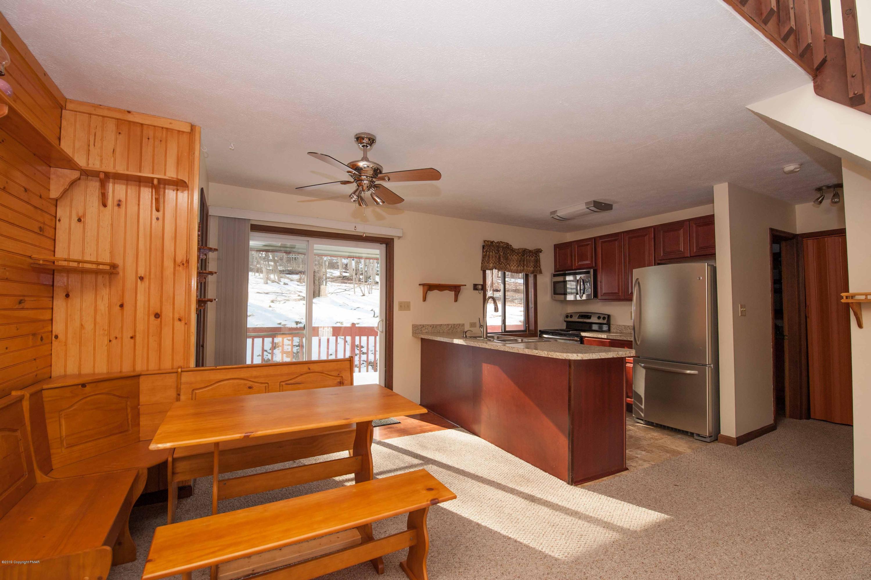 5709 Decker, Bushkill, PA 18324