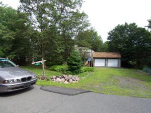 37 Chapman Cir, Albrightsville, PA 18210