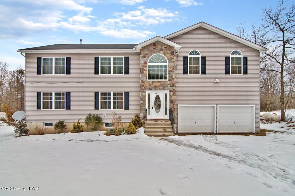 152 Granite Rd, Long Pond, PA 18334