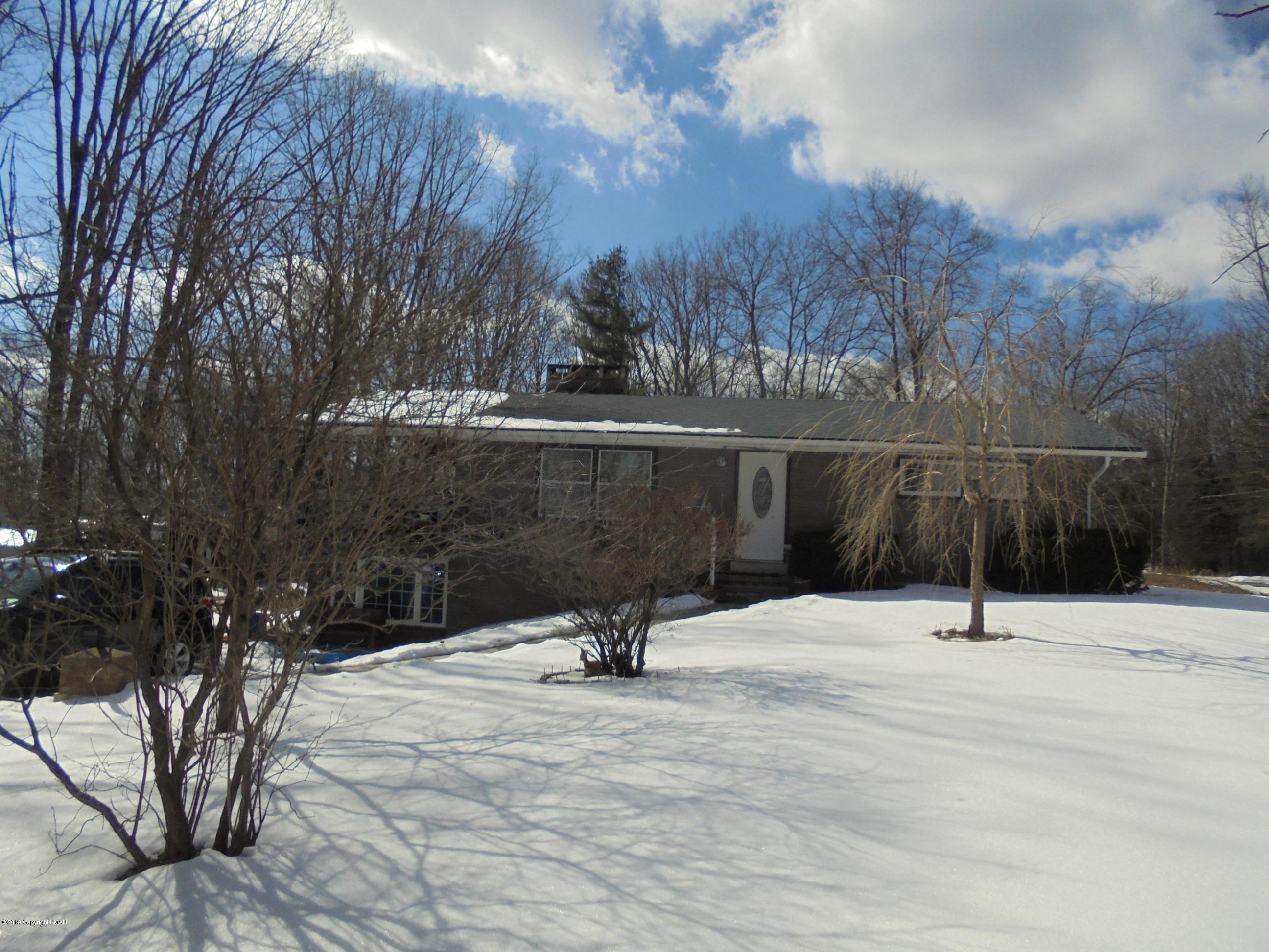 4144 Forest Dr, Kunkletown, PA 18058