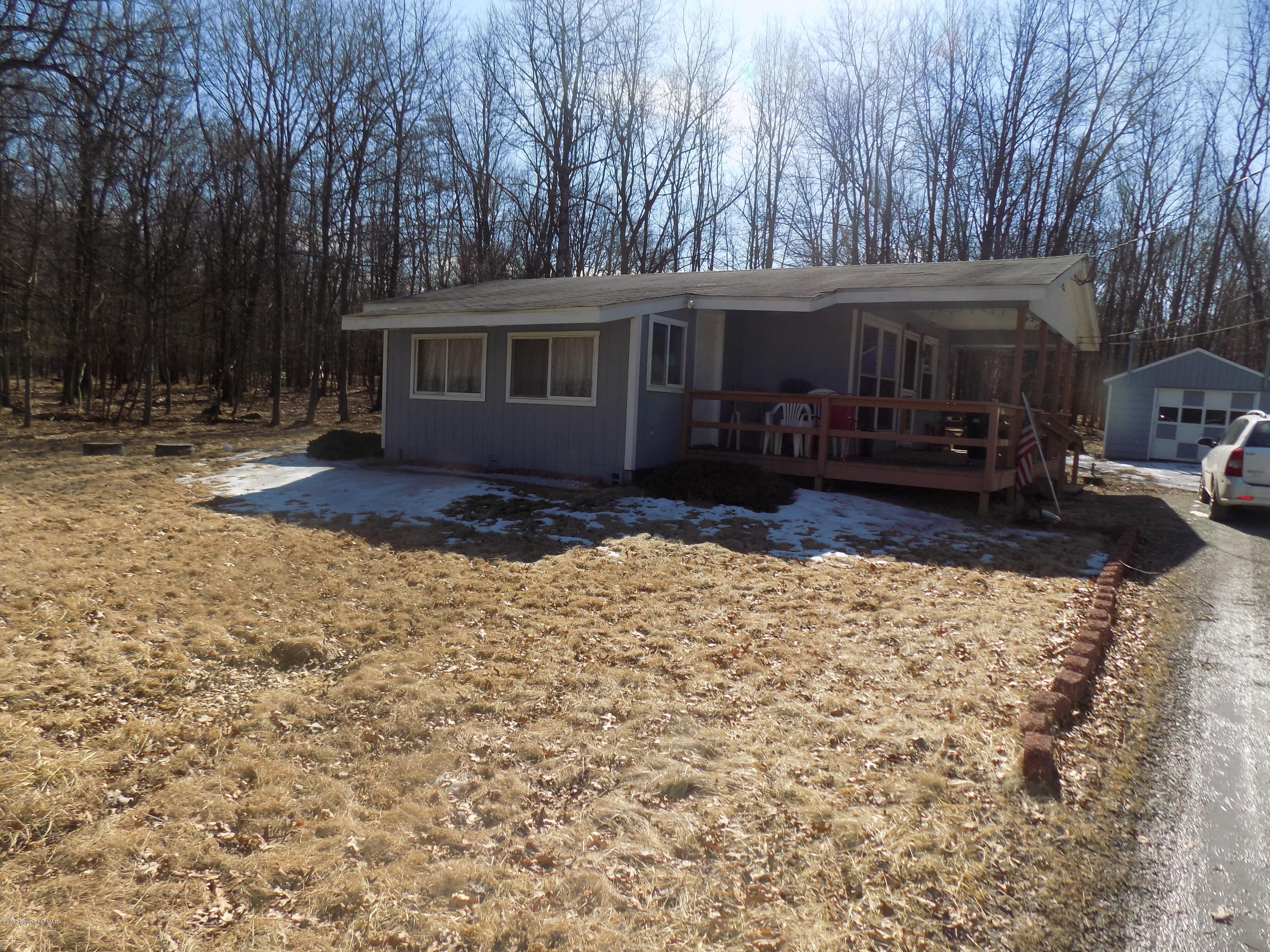 64 Mountain Rd, Albrightsville, PA 18210