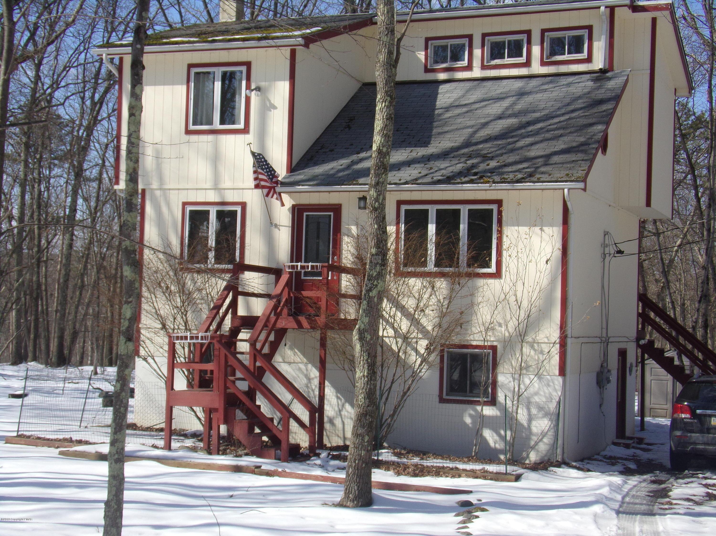 1193 Bear Dr, Bushkill, PA 18324