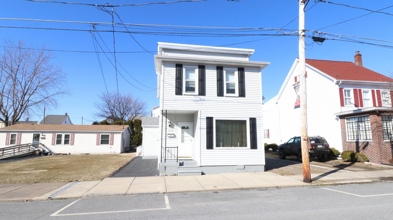 340 W Ludlow St, Summit Hill, PA 18250