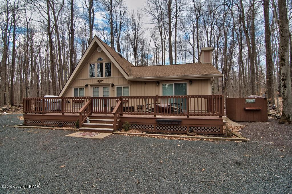 133 Gross Dr, Pocono Pines, PA 18350