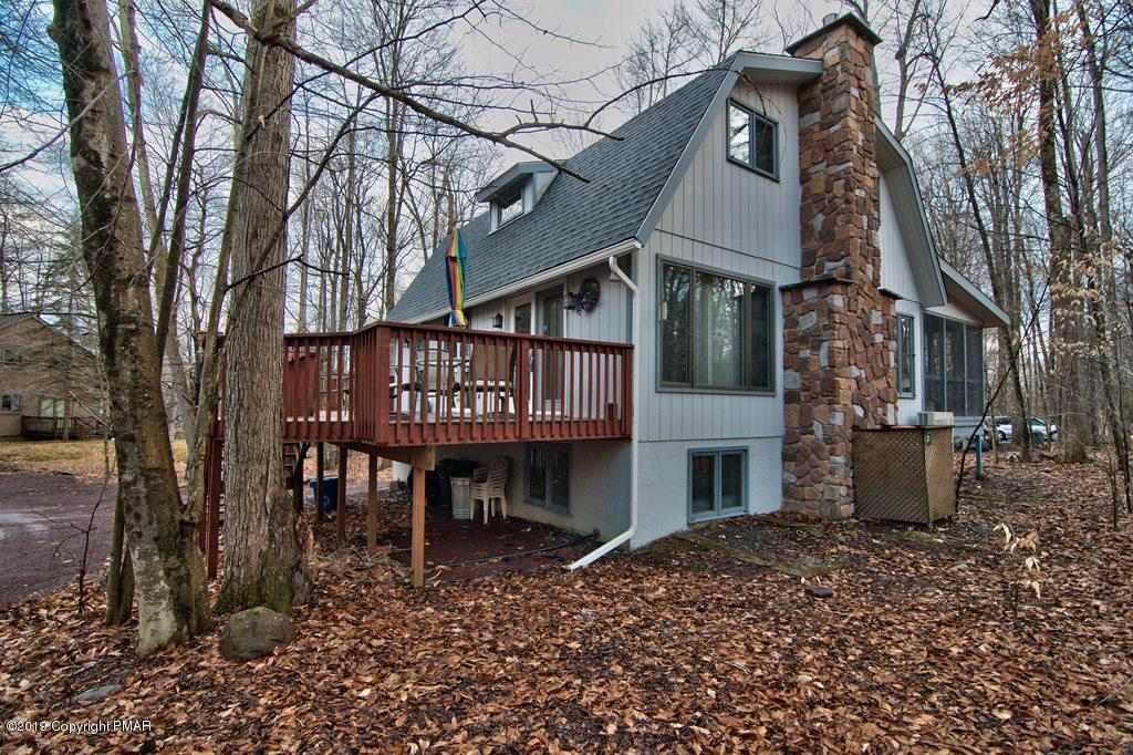 5492 Woodland Avenue, Pocono Pines, PA 18350