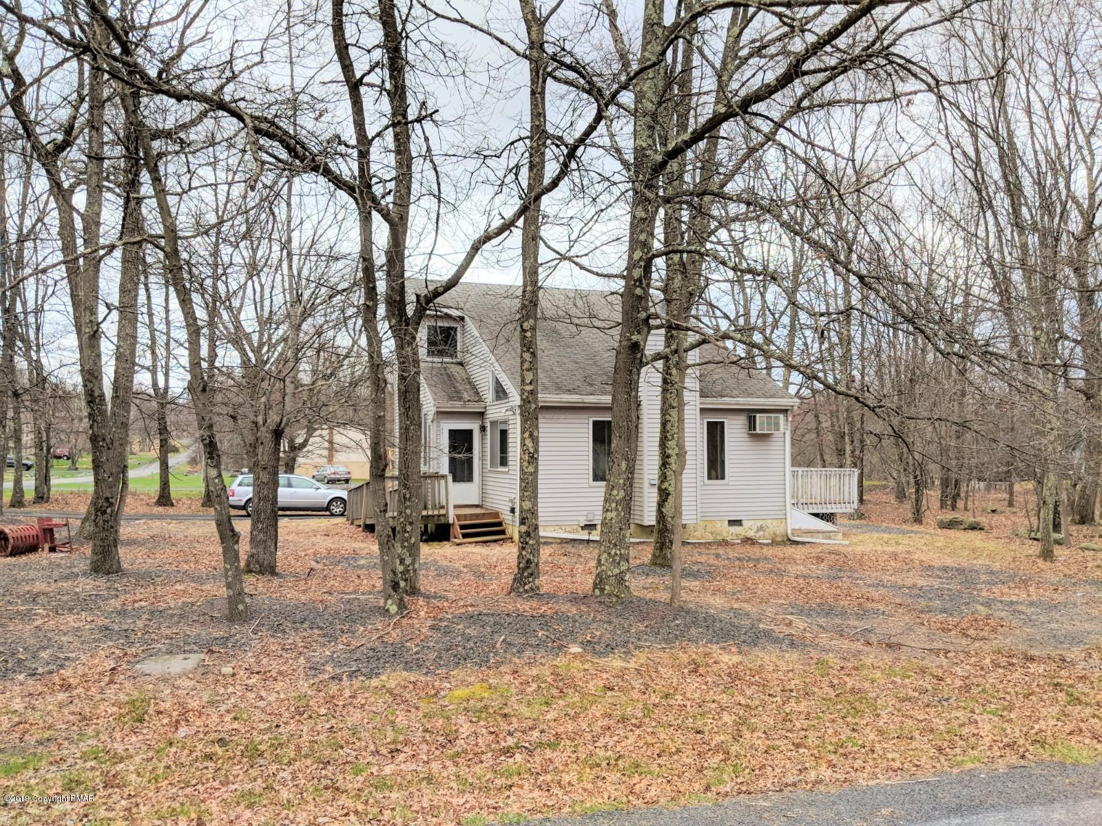 1163 Steele Cir, Bushkill, PA 18324