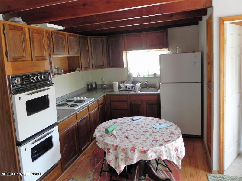 6210 Oak Ln, Kunkletown, PA 18058