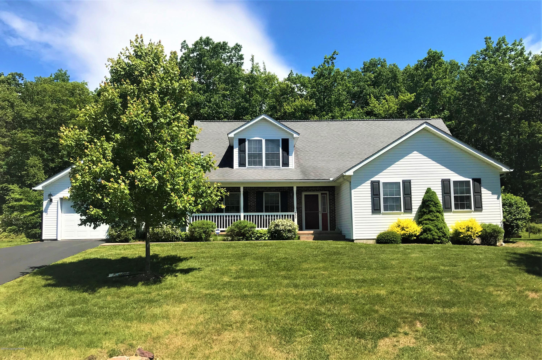 656 W Oak Ln, White Haven, PA 18661