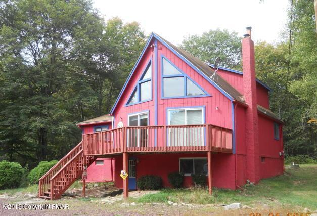 39 Stream Dr, Lake Harmony, PA 18624