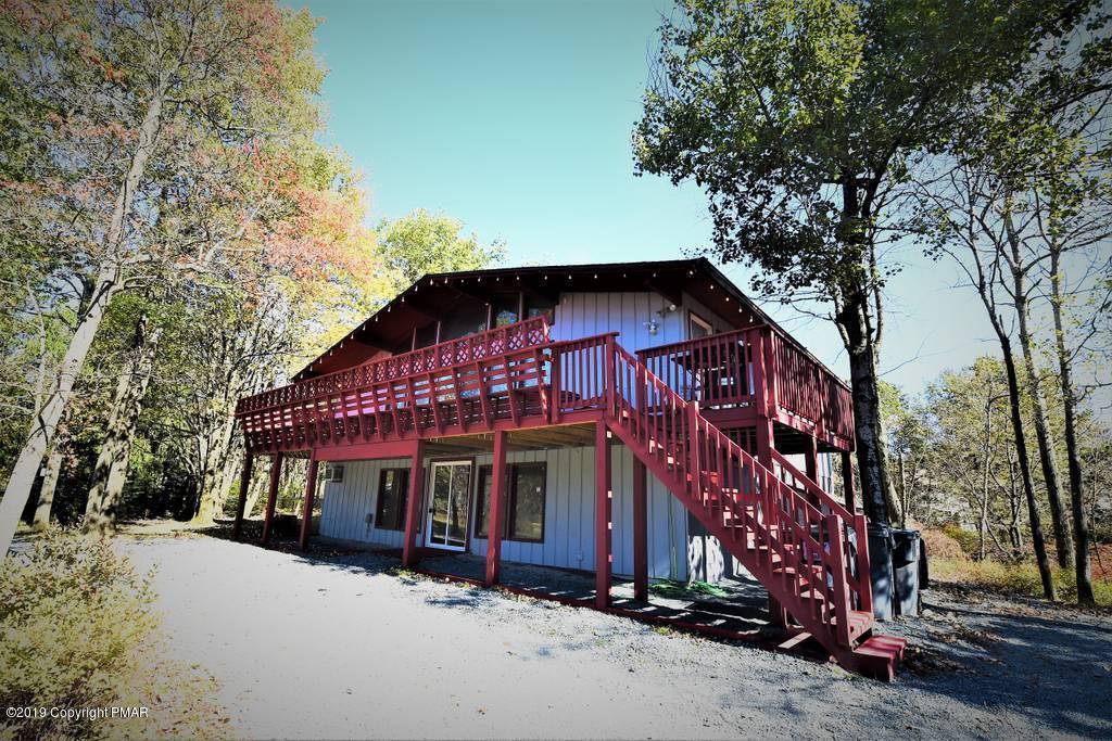 170 Saw Mill Rd, Long Pond, PA 18334