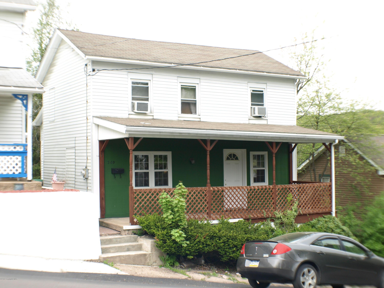 209 Susquehanna St, White Haven, PA 18661