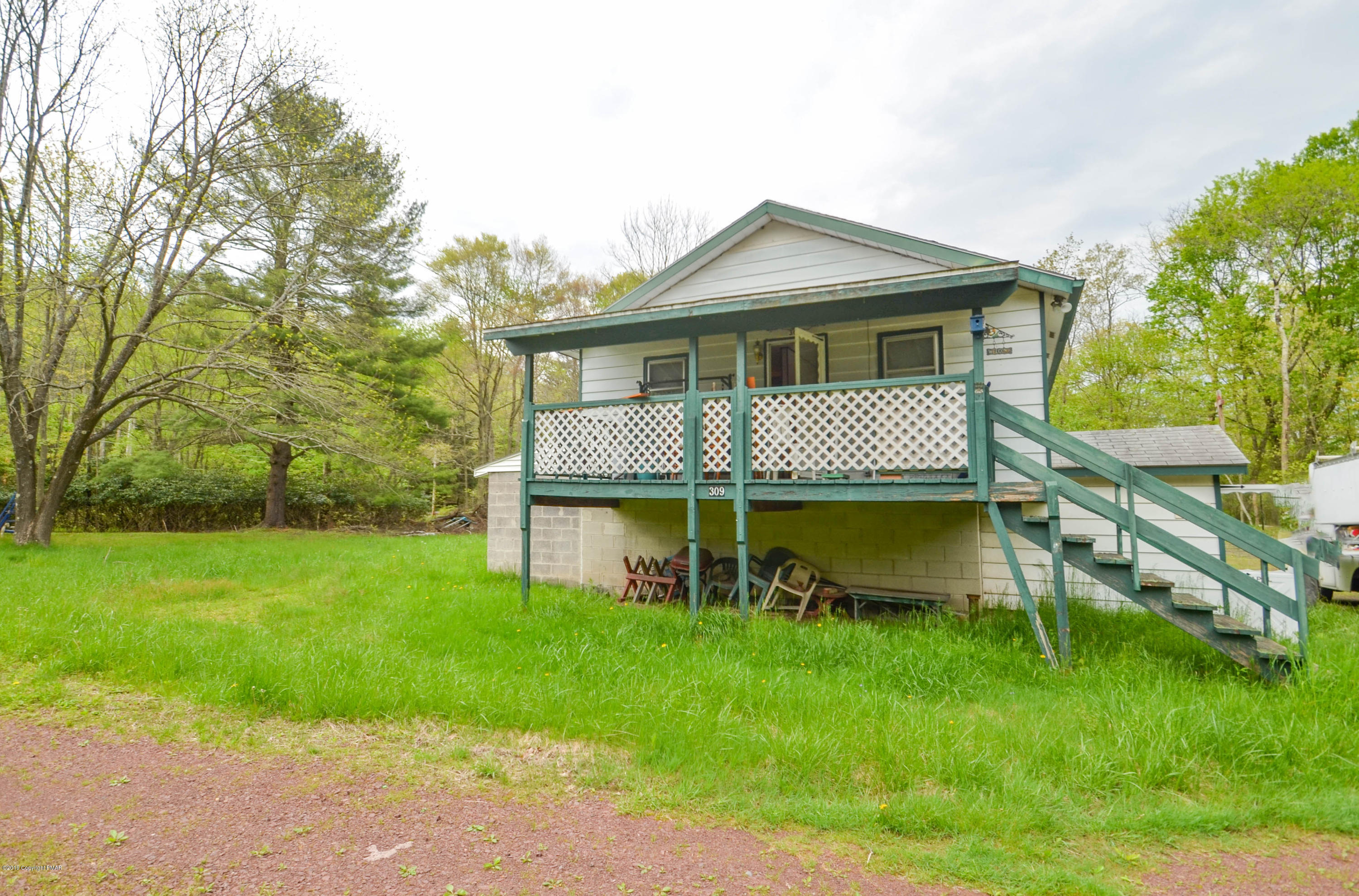 309 Middleburg Rd, White Haven, PA 18661