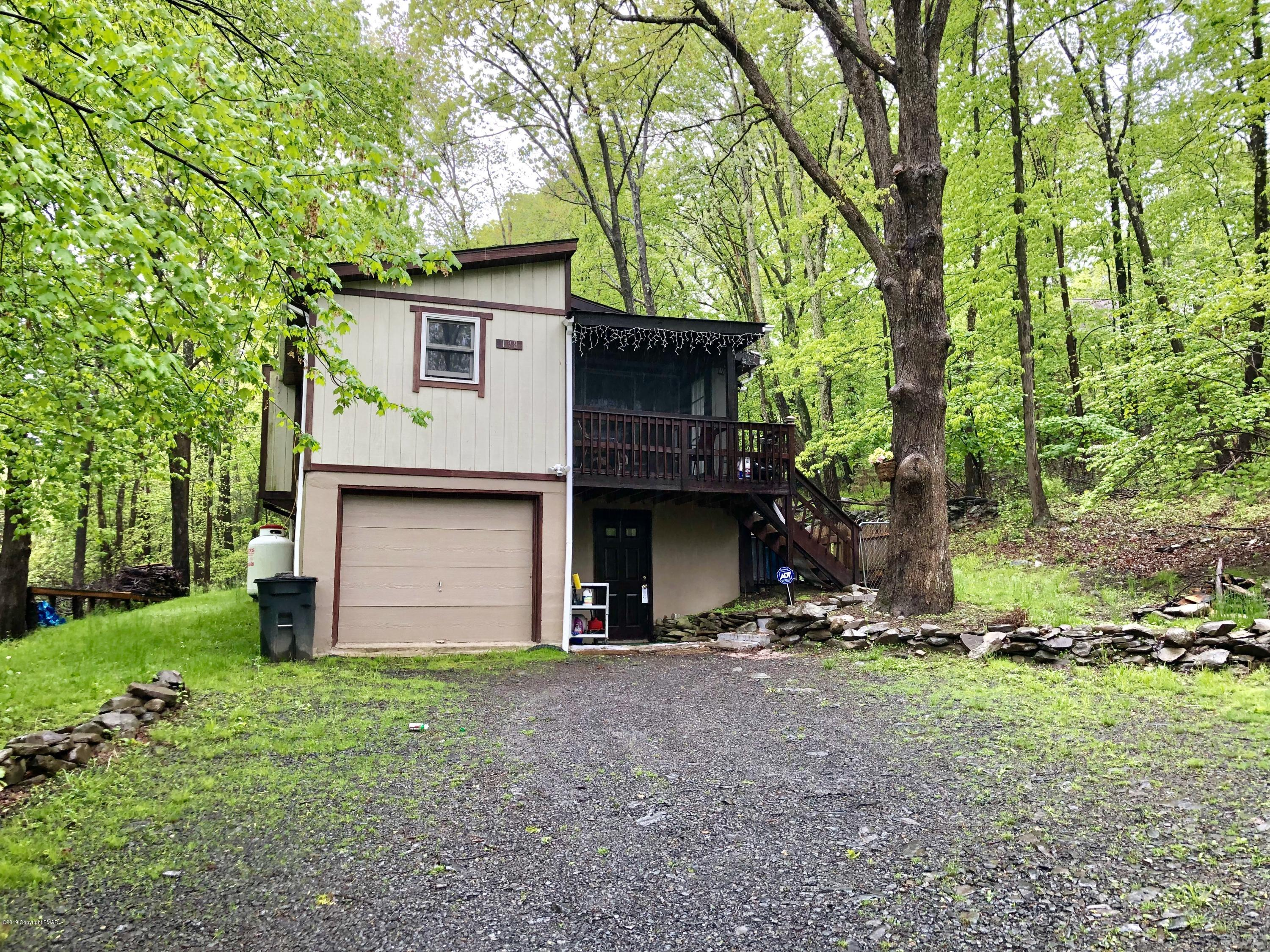 4127 Stony Hollow Drive, East Stroudsburg, PA 18302
