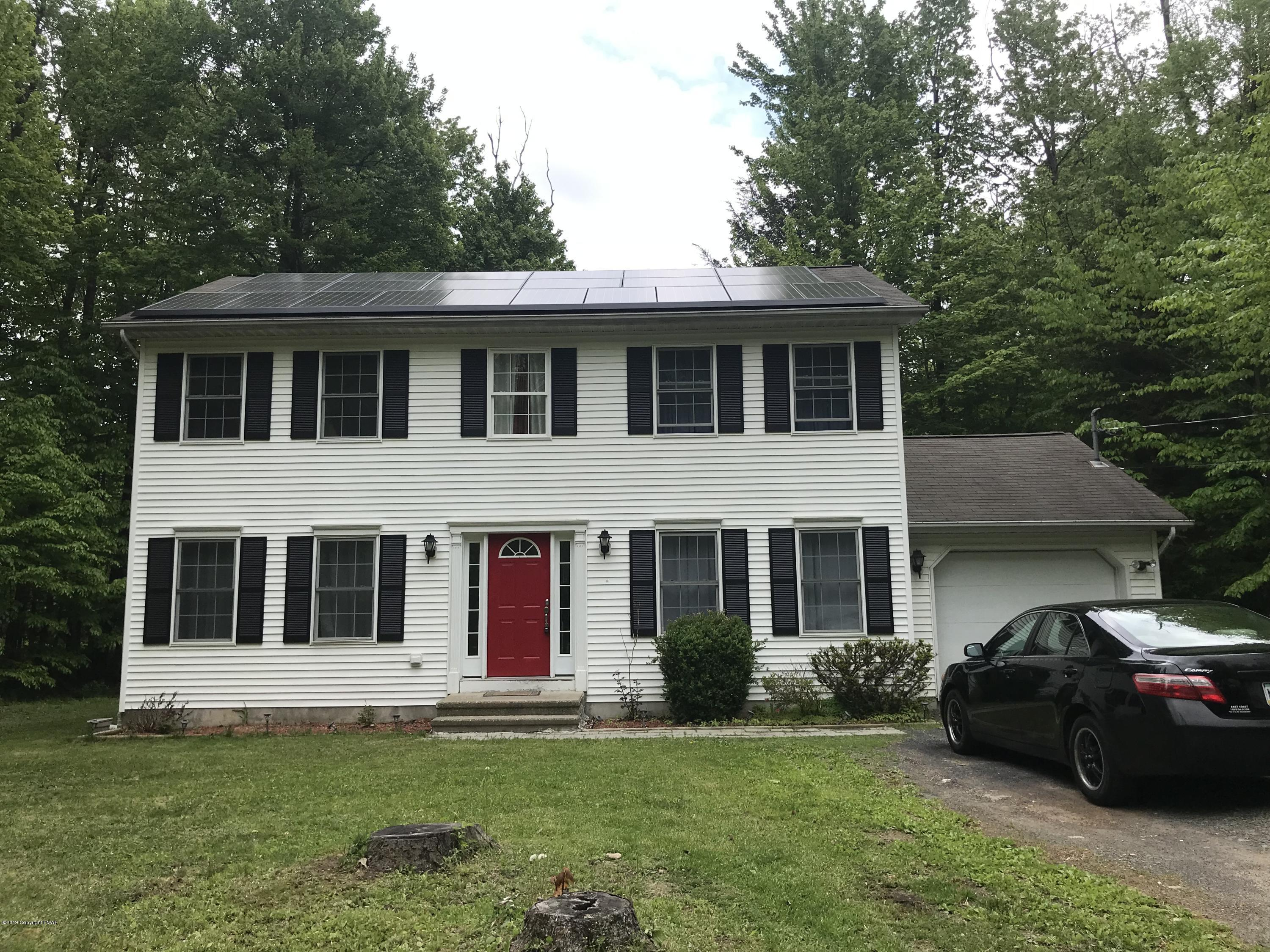 3108 Robert David Dr, Tobyhanna, PA 18466