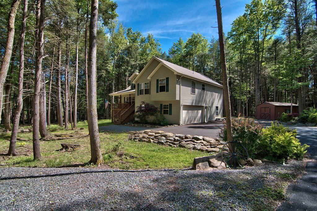 176 Sir Bradford Rd, Pocono Lake, PA 18610