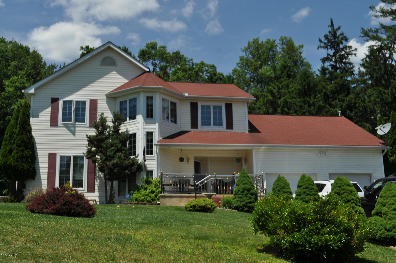12 Canterbury Main, East Stroudsburg, PA 18301