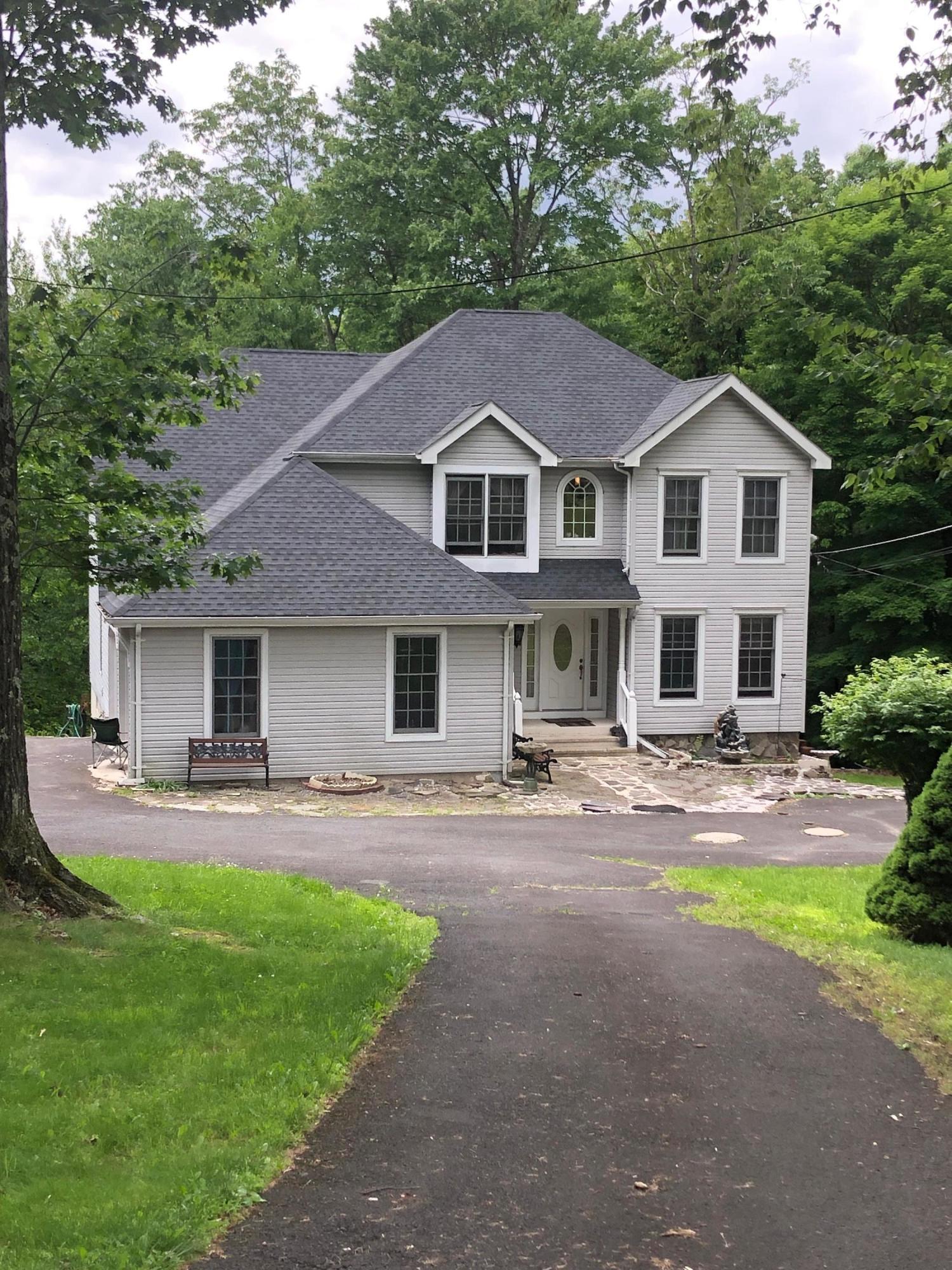 875 Wooddale Rd, East Stroudsburg, PA 18302