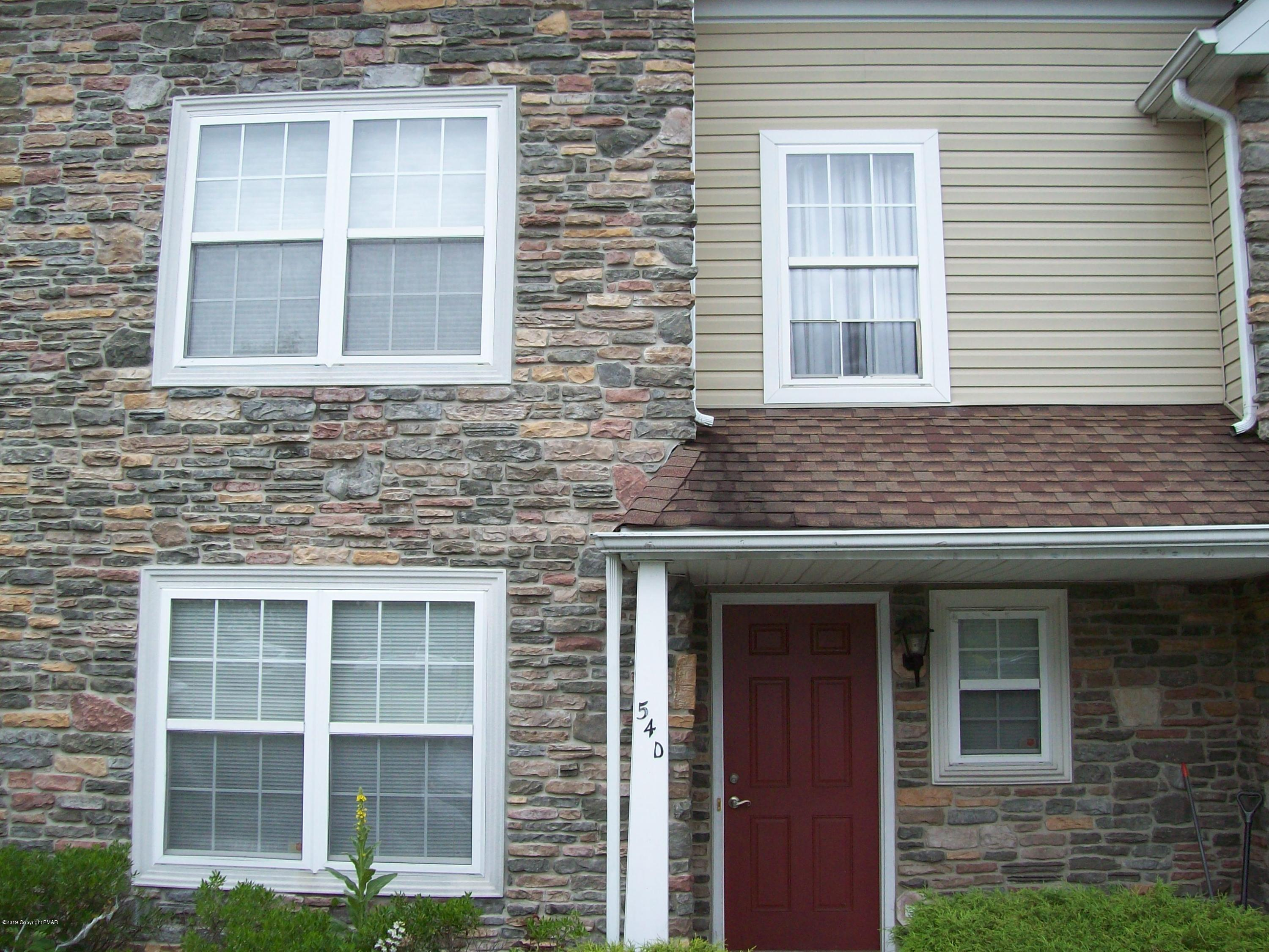54d Lower Ridge View Circle, East Stroudsburg, PA 18301