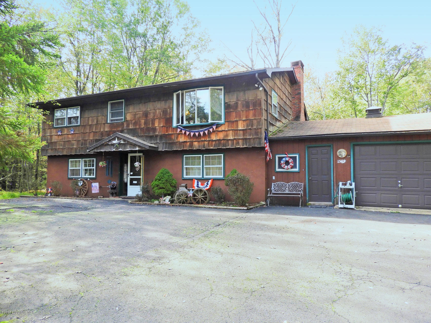 1569 Stag Run, Pocono Lake, PA 18347