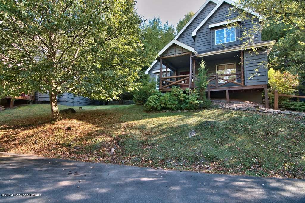 84 Short Hill Rd, Lake Harmony, PA 18624