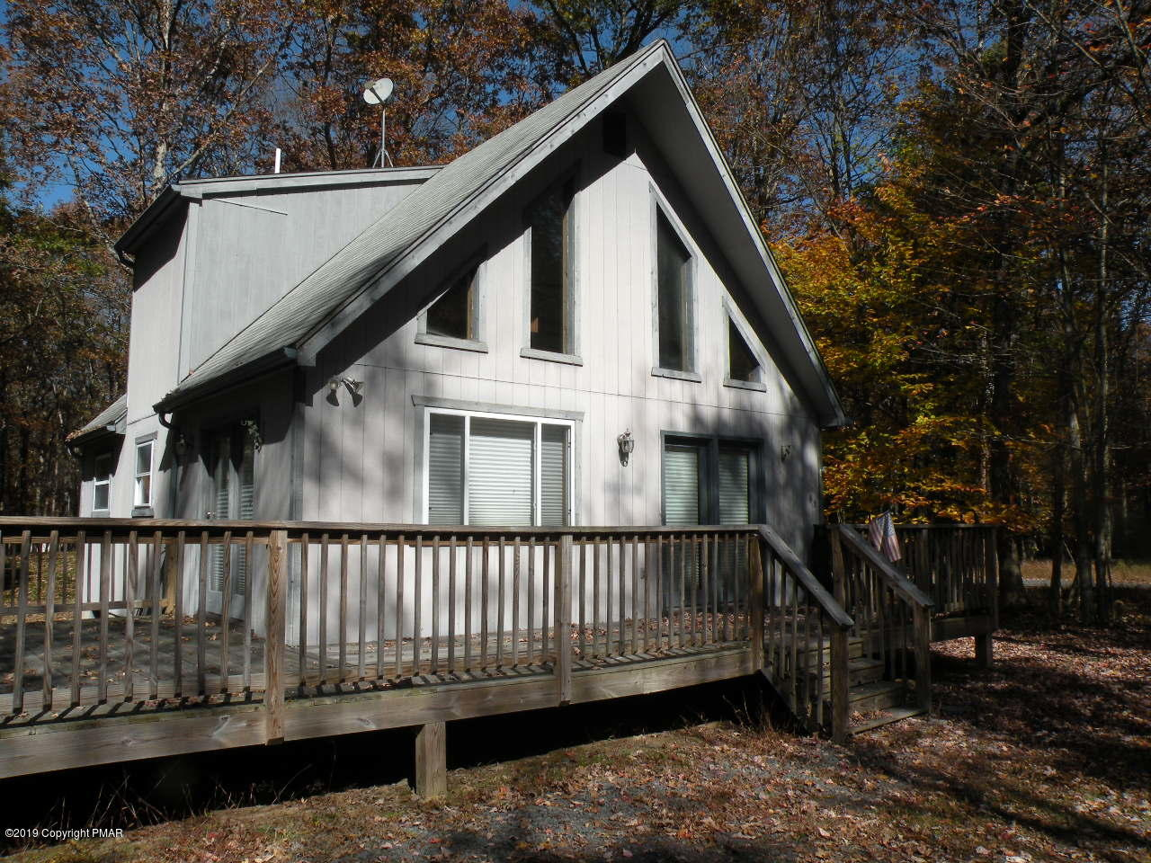 93 Frost Ln, Albrightsville, PA 18210