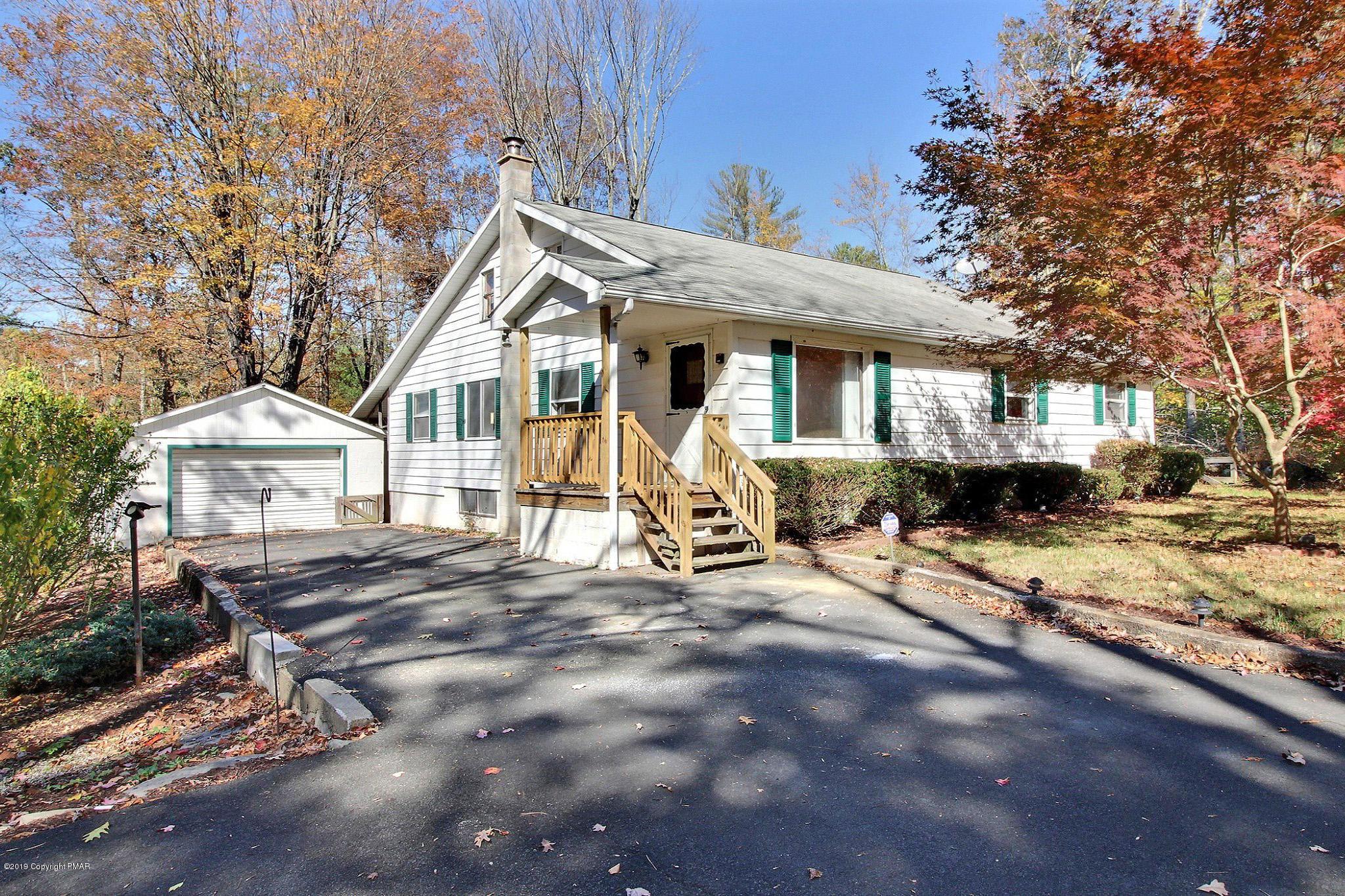 475 Resica Falls Rd, East Stroudsburg, PA 18302