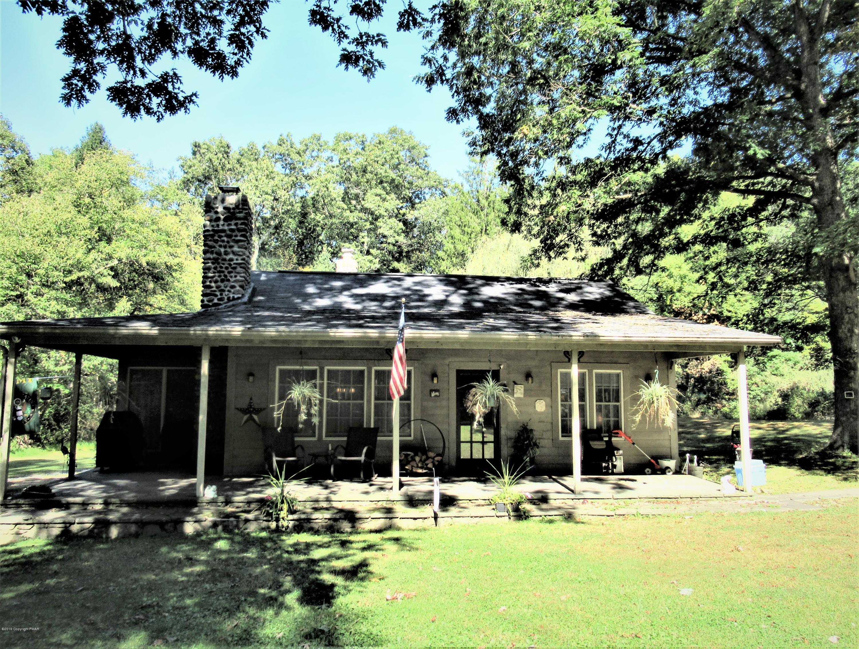471 Resica Falls Rd, East Stroudsburg, PA 18302