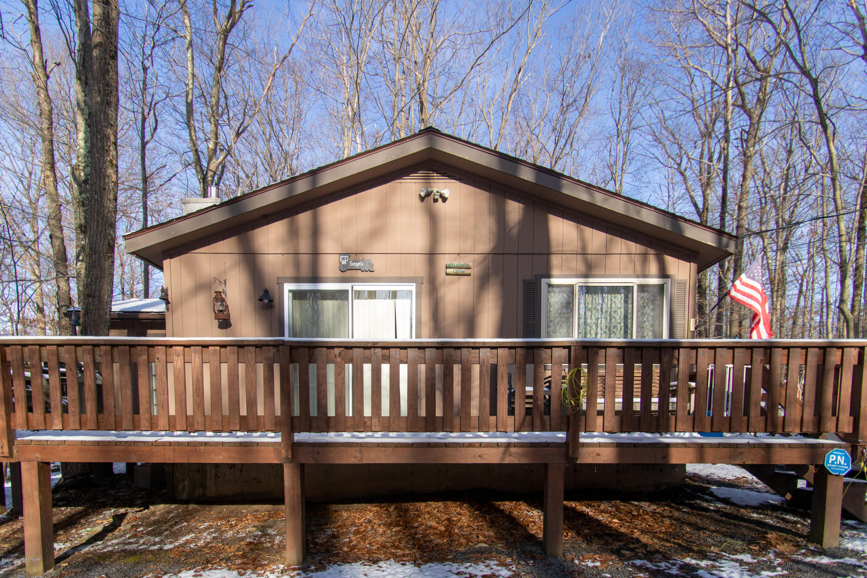 1223 Ranger Trl, Pocono Lake, PA 18347