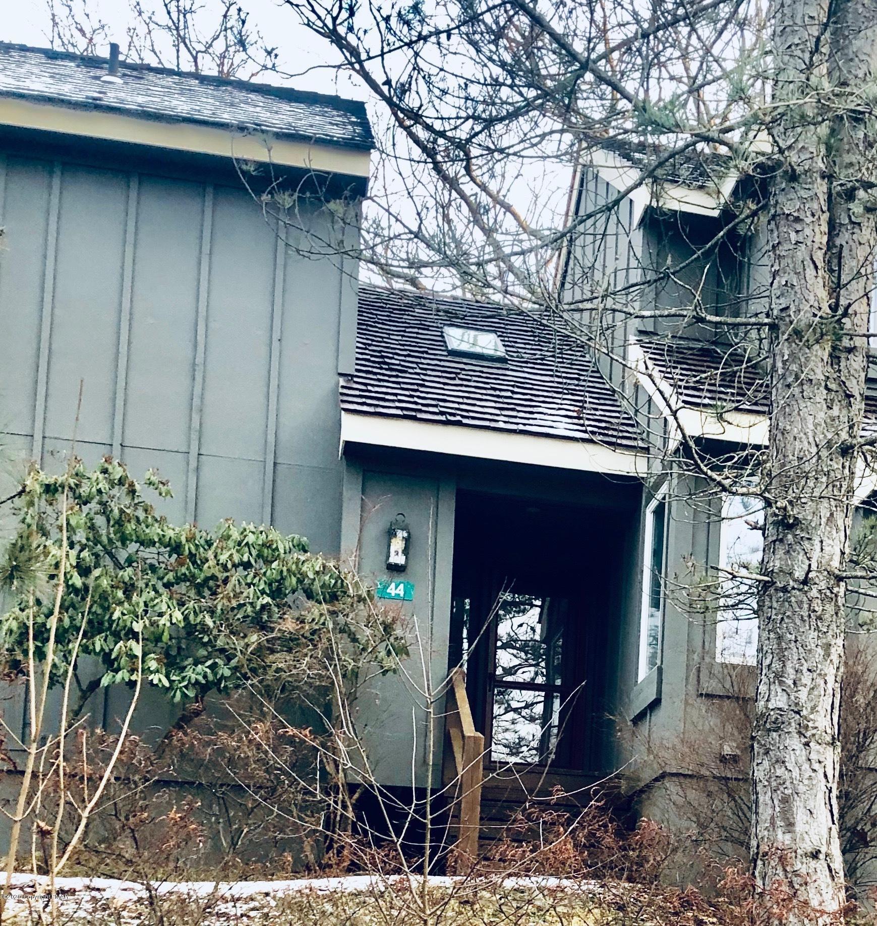44 Snow Plow, Lake Harmony, PA 18624