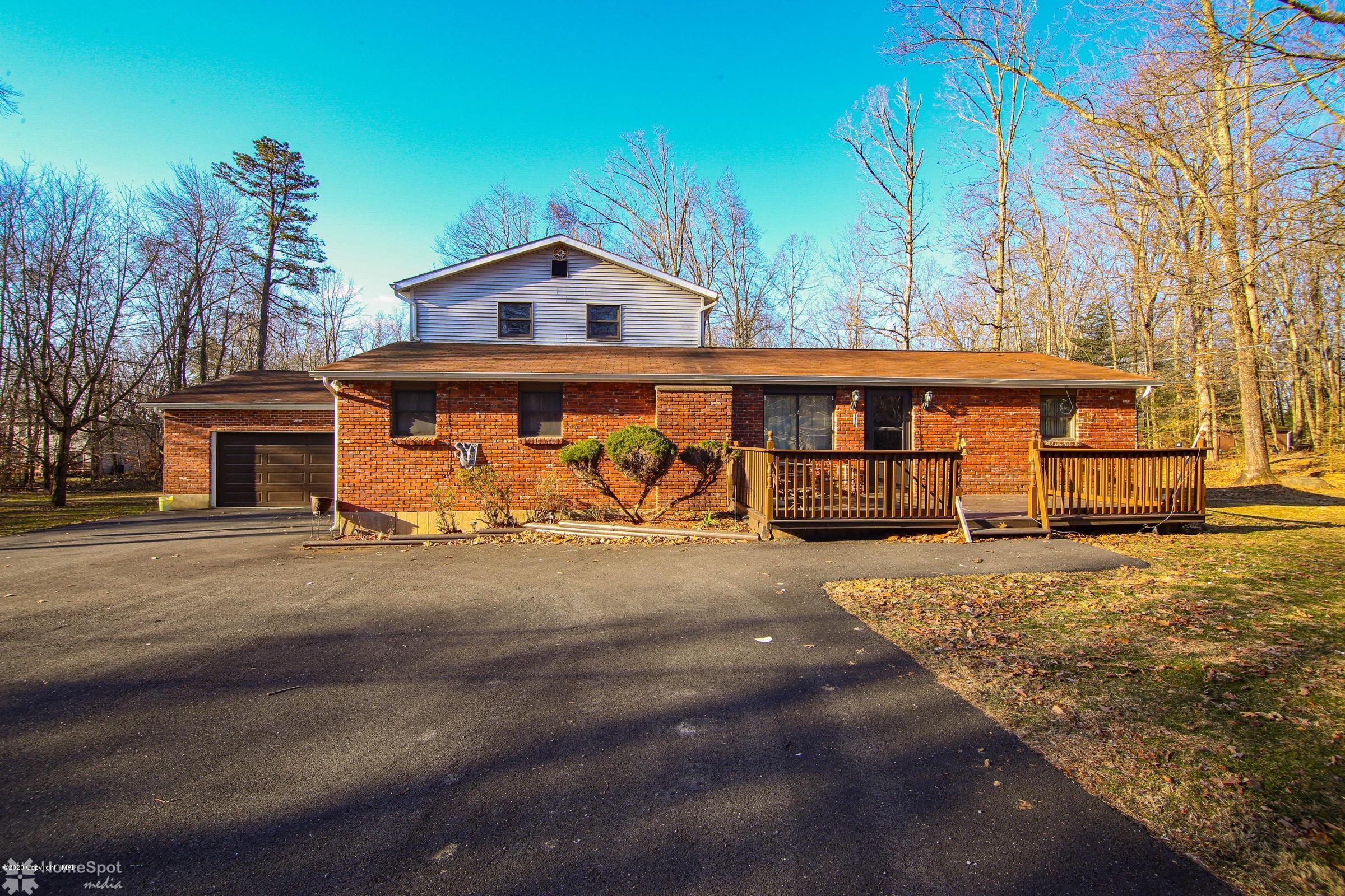 1127 Mattioli Rd, Bartonsville, PA 18321