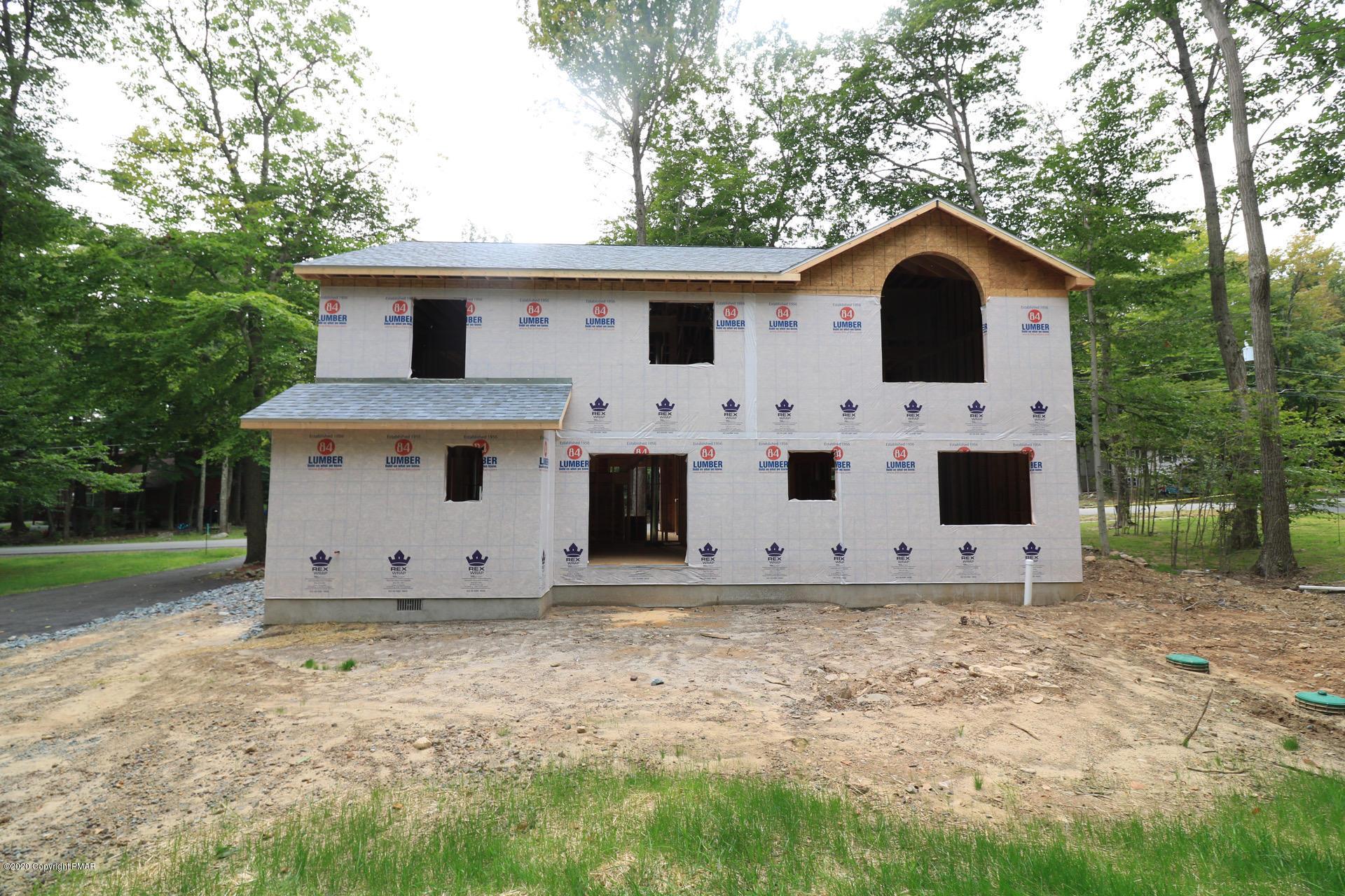 3340 Oberon Rd, Tobyhanna, PA 18466