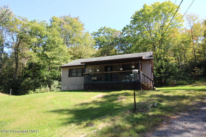221 Drakes Creek Rd, Jim Thorpe, PA 18229