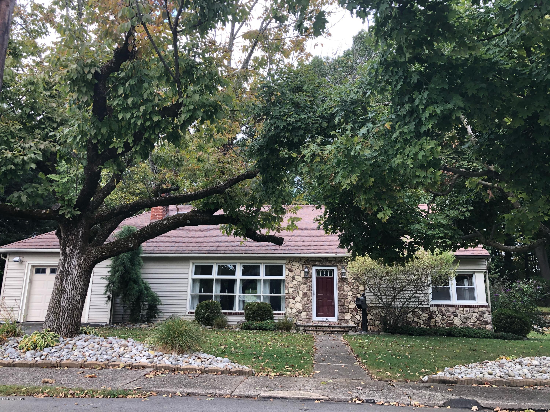 306 Colbert St, Stroudsburg, PA 18360