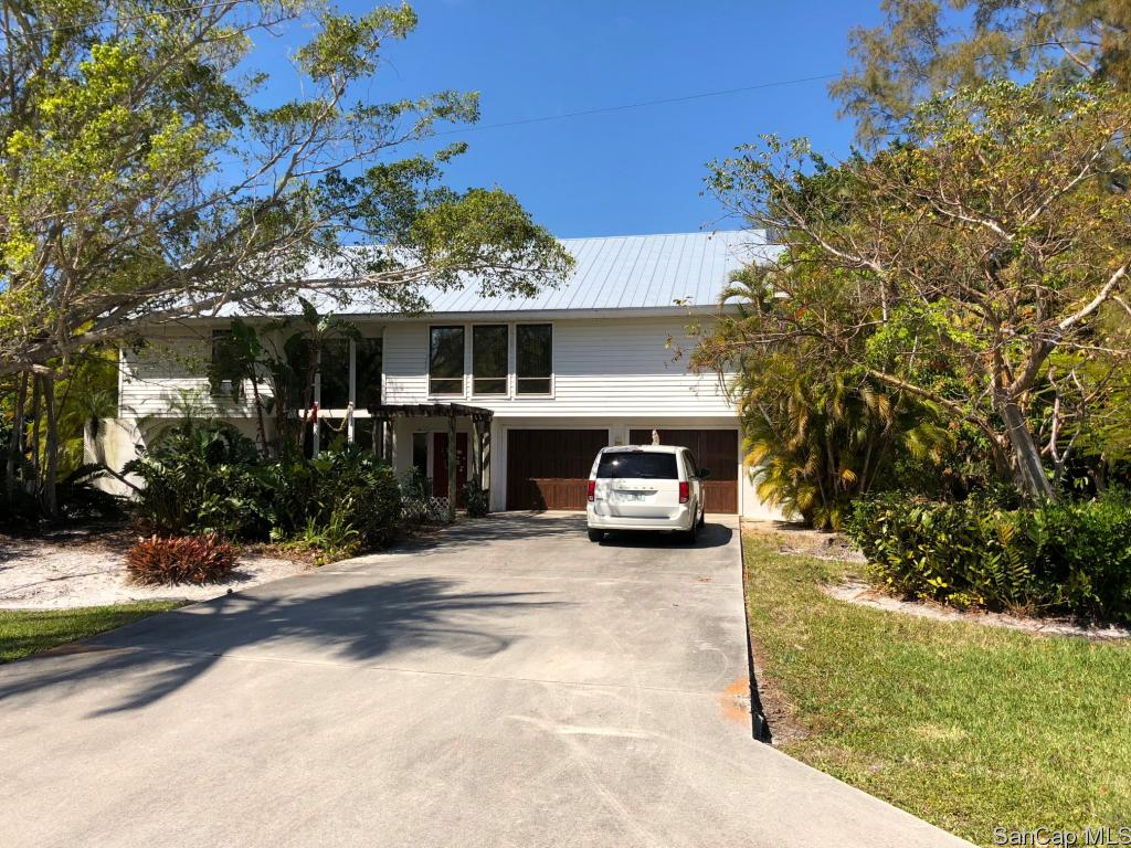 9471 Peaceful Dr, Sanibel, FL 33957