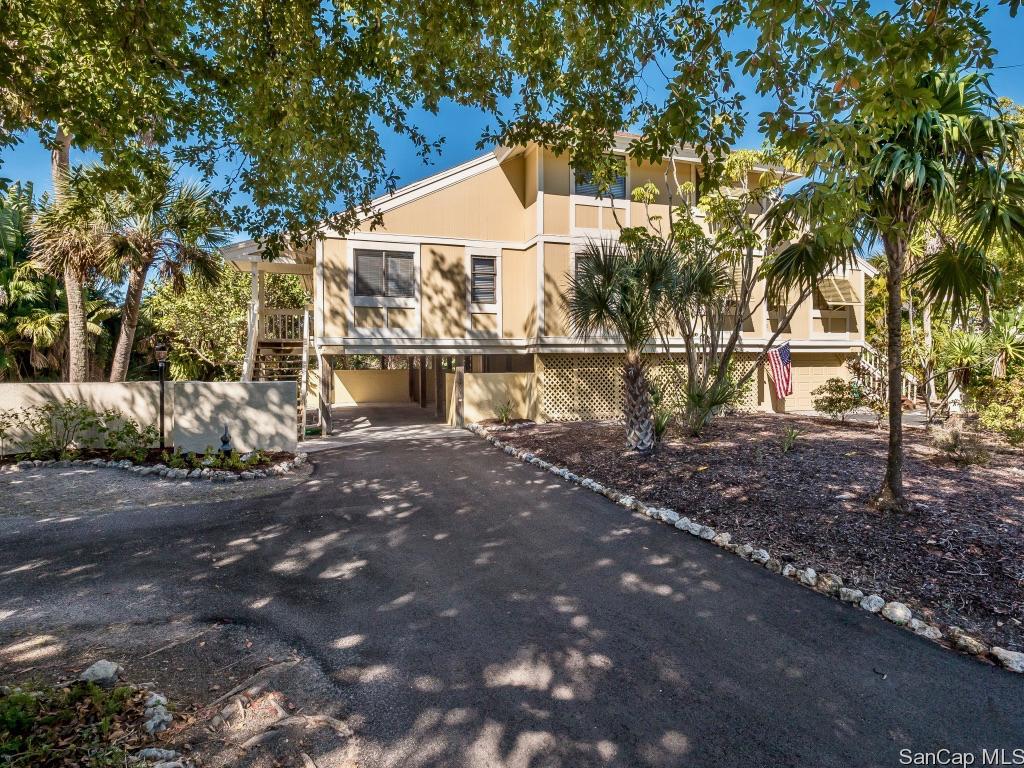 970 Greenwood Ct, Sanibel, FL 33957