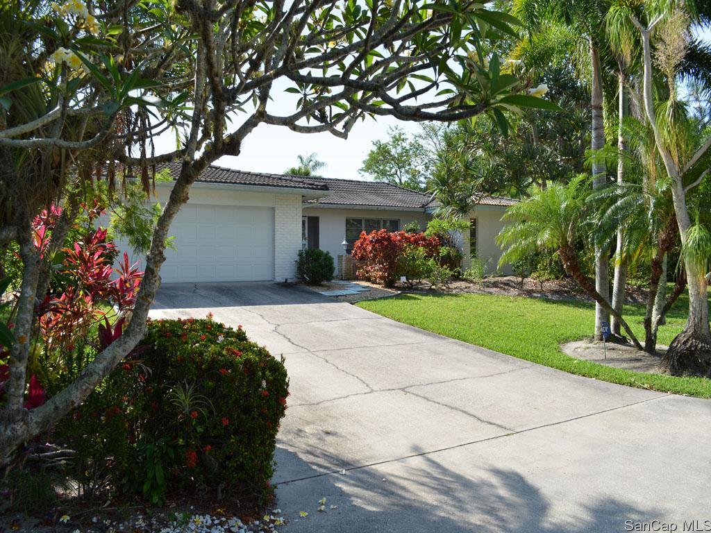 9406 Beverly Ln, Sanibel, FL 33957
