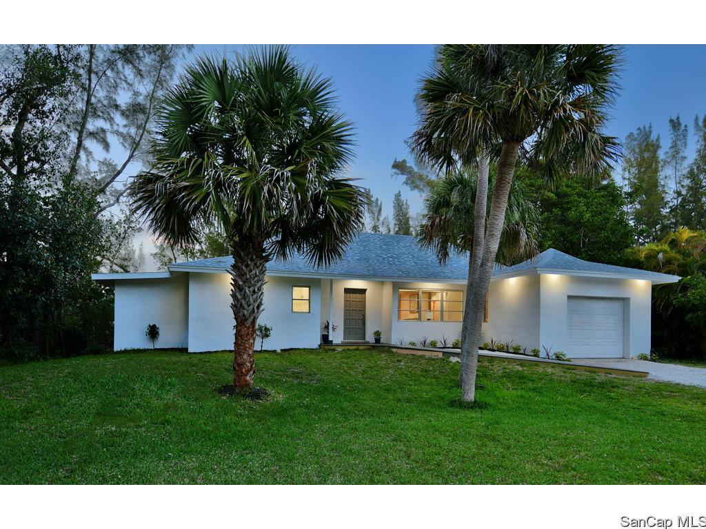 1585 Bunting Ln, Sanibel, FL 33957
