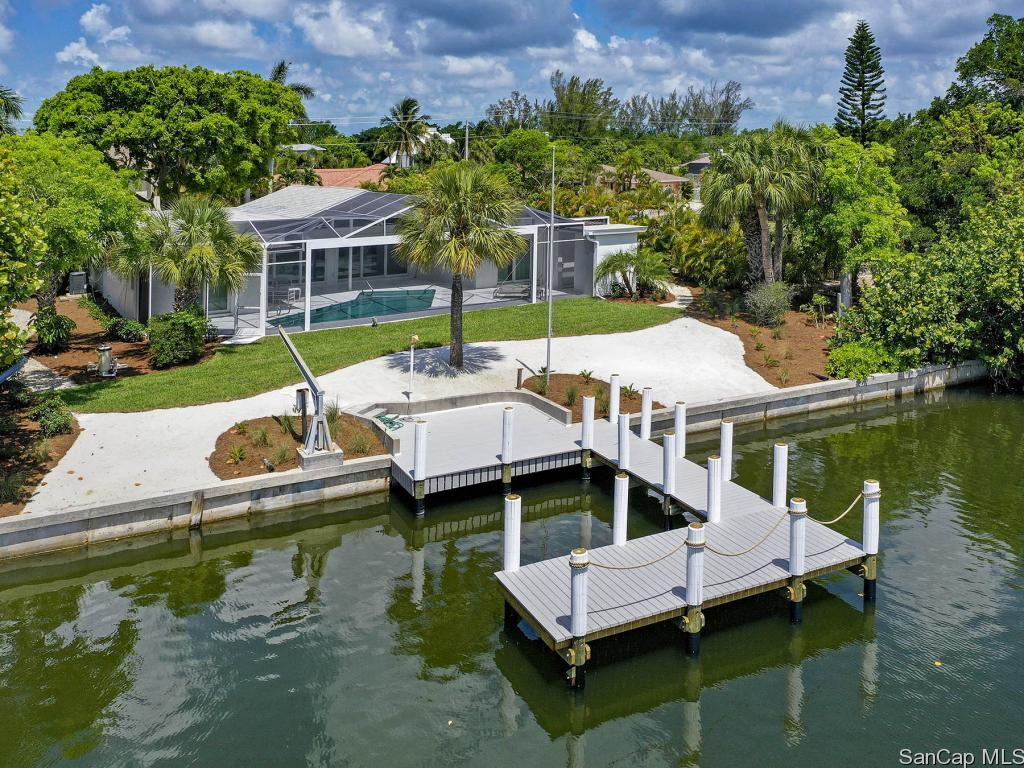 852 Lindgren Blvd, Sanibel, FL 33957