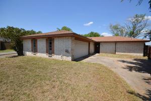 527 Vista Drive, Odem, TX 78370