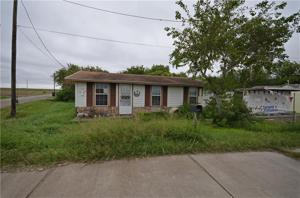 665 Davis Road, Taft, TX 78390